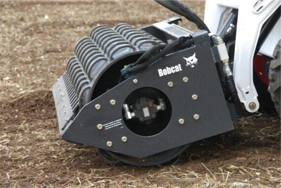Каток вибрационный Bobcat
