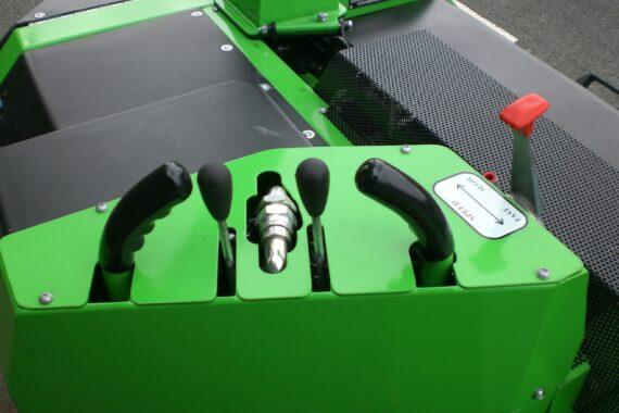 Измельчитель веток Greenmech QuadTruck 160